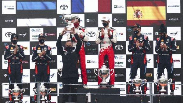 061220_-World-Podium-Monza-2020_001.jpg